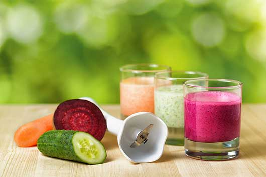 Healthy Eating with Blenders-MainPhoto