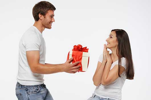 Top 10 Signs You and Your Ex are Still in Love-Photo6