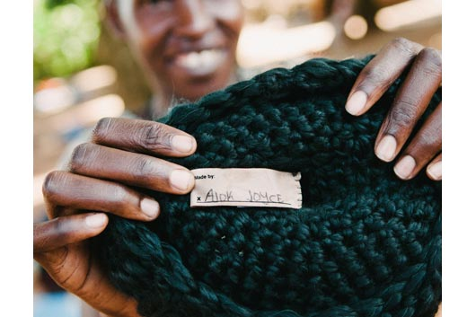 Fashion Accessory Gifts That Give Back for the Holidays-Photo4