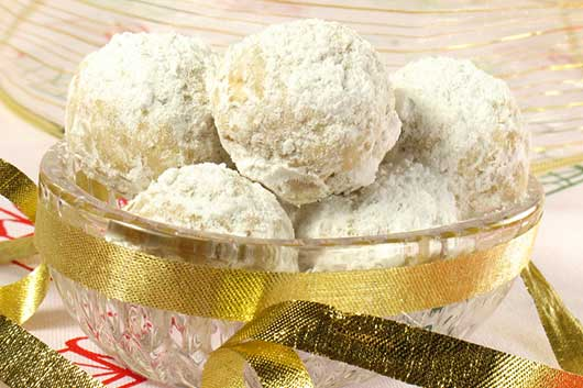 Eva Longoria's Mexican Wedding Cookies Recipe-MainPhoto