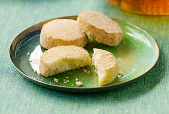 Eva Longoria's Mexican Wedding Cookies Recipe-MainPhoto