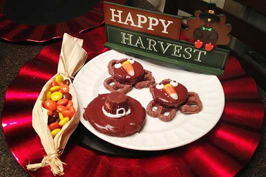 Thanksgiving Treats & Decorating Ideas-MainPhoto