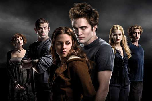 Twilight Opens In Theaters-MainPhoto