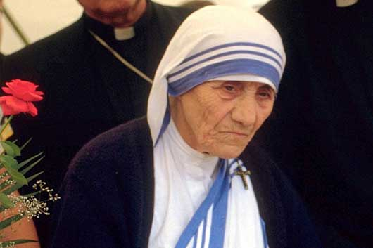 10 Mother Teresa Quotes on Love and Life-MainPhoto