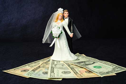 Money Matters Newlyweds Should Discuss-MainPhoto