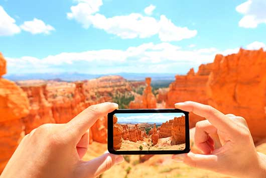 Have Phone, Will Travel Great Travel Apps for Your Smartphone-MainPhoto