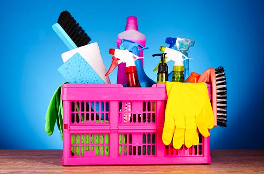 15 Ways to Detox your Cleaning Supply Closet-MainPhoto