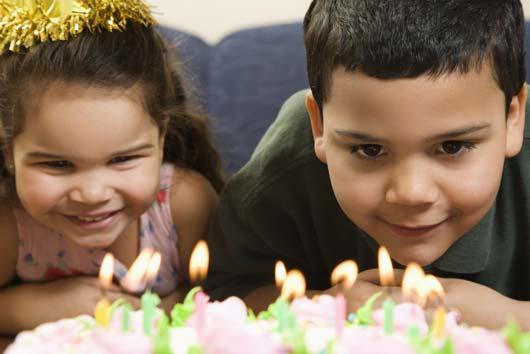 5 Ways Latino Birthday Parties Are Better-MainPhoto