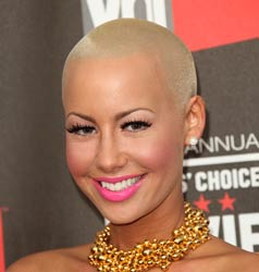 8 Bad-Ass Bald Women-Photo2