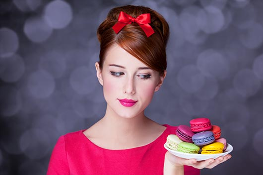 10-Ways-to-Serve-Macaroons-at-your-Next-Event-MainPhoto