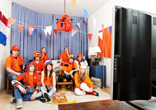 12-Hosting-Ideas-for-Your-World-Cup-Viewing-Party-MainPhoto
