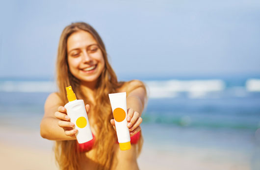 15-Myths-about-Sunscreen-that-Need-to-be-Smeared-photo14