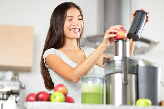 15 Reasons Why You Need to Get a Juicer-MainPhoto