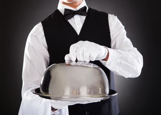 15-Ways-(Other-than-a-Tip)-to-Appreciate-Waiters-&-Waitresses-MainPhoto