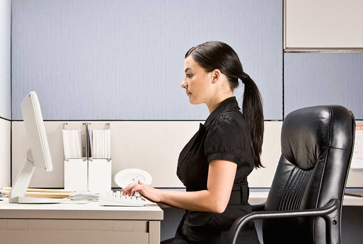 10-Ways-to-Improve-Your-Posture-at-Work-MainPhoto