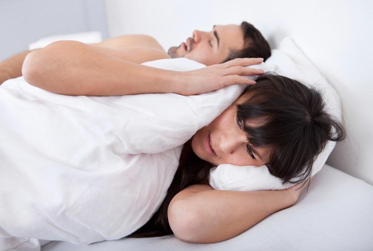 15-Ways-to-Stop-Your-Snoring-MainPhoto