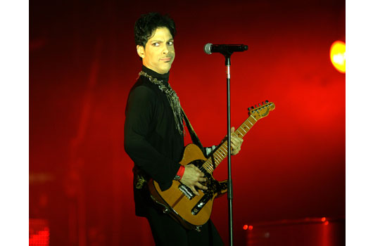 18-reasons-prince-will-forever-be-rock-royalty-photo5