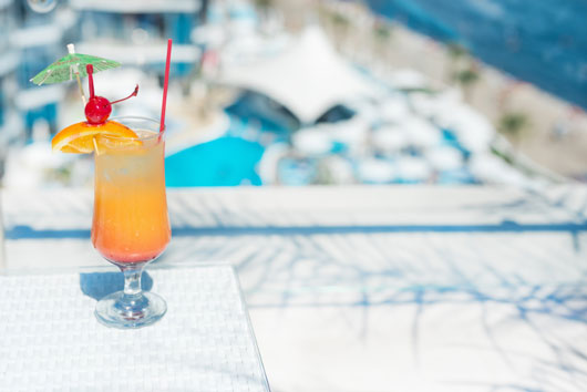 Summer-Mixology-10-Poolside-Cocktails-You'll-Probably-Drink-Too-Fast-photo2