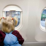 10-Electronics-Free-Ideas-to-Entertain-your-Kid-on-a-Flight-MainPhoto