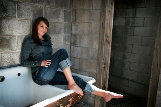 The-Death-of-the-Skinny-Jean!-10-New-Cuts-to-Slip-Into-photo9