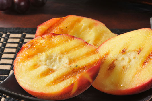 10-Unexpected-Ways-to-Serve-Peaches-photo7