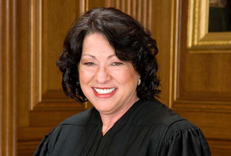 13-Life-Lessons-Every-Woman-can-Learn-from-Sonia-Sotomayor-MainPhoto