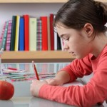 15-Hidden-Super-Powers-of-your-Left-Handed-Kid-MainPhoto