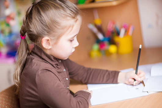 Why Left Handed Kids Are Awesome Mamiverse