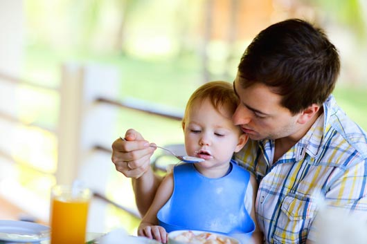 Bring-it-On-10-Adult-Foods-your-Baby-can-Handle-MainPhoto