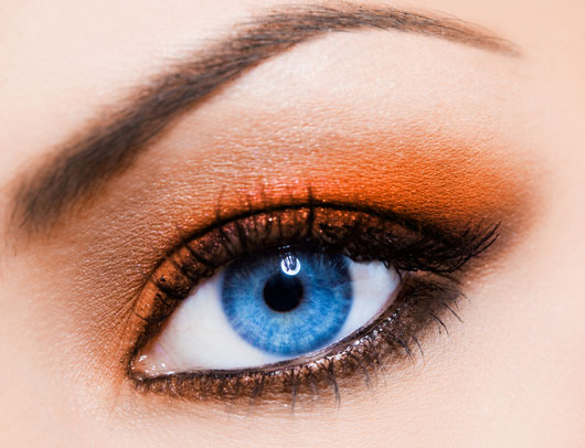 The-Glitterati-10-Awesome-Ways-to-Add-Flair-to-your-Eye-Makeup-photo10