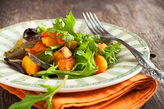 15-Cozy-Autumn-Salads-to-Help-Keep-Your-Summer-Bod-Photo9