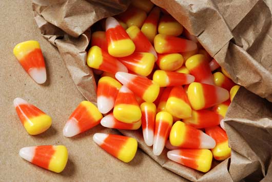 The-Candy-Corn-Chronicles-15-Facts-About-Halloween's-Iconic-Little-Triangle-MainPhoto