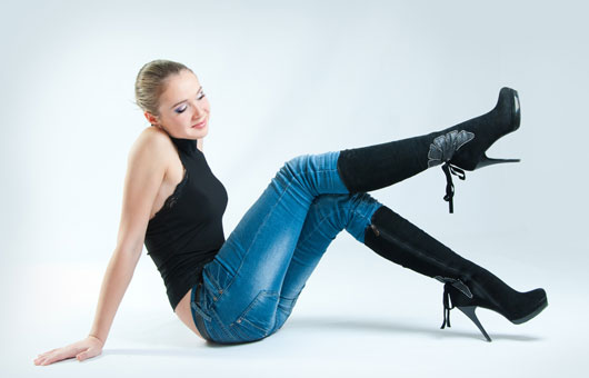 Feeling-Stumped-13-Ways-to-Make-Your-Legs-Appear-Longer-photo10