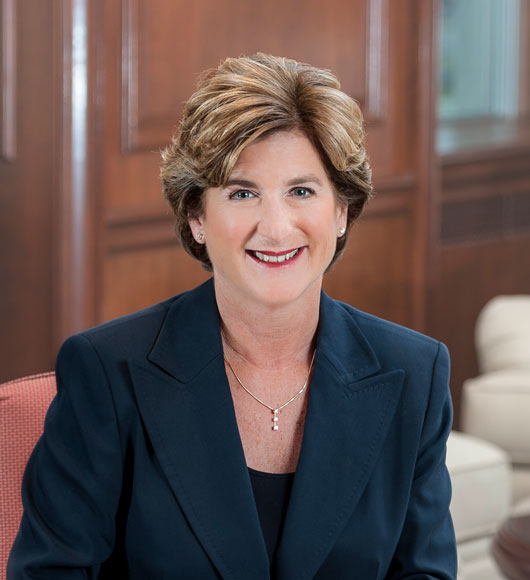 Shes-the-Boss-15-Female-CEOs-to-Learn-from-Every-Day-photo10