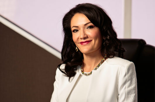 Shes-the-Boss-15-Female-CEOs-to-Learn-from-Every-Day-photo14