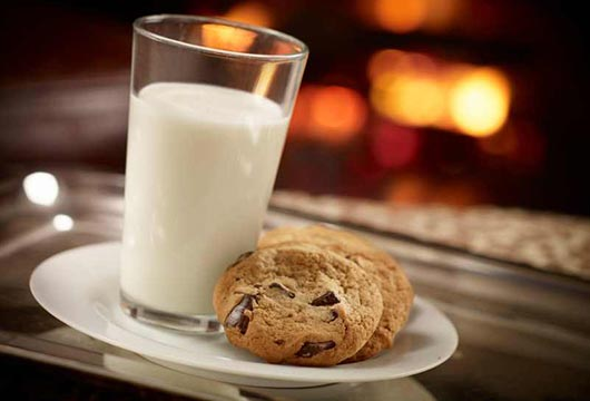 Top-Dip-15-Cookie-Styles-that-are-Perfect-with-Milk-MainPhoto