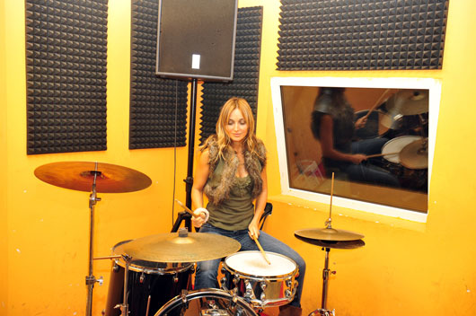 Heart-Beat-15-Reasons-to-Take-up-the-Drums-photo6