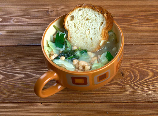 Hot-&-Bothered-20-Cozy-Soup-Recipes-to-Ring-in-the-Season-photo4