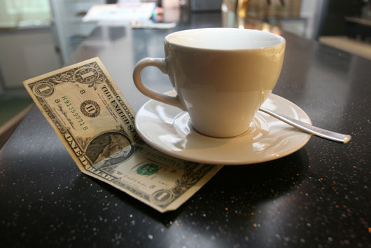 Tipping-Point-15-Things-to-Consider-when-Leaving-Gratuity-photo2