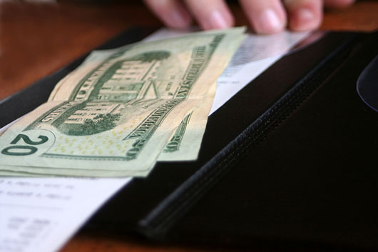 Tipping-Point-15-Things-to-Consider-when-Leaving-Gratuity-photo6