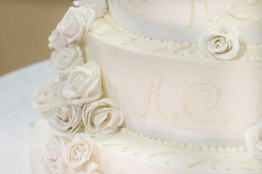 White-Hot-Love-15-Decor-Ideas-for-a-Gorgeous-Winter-Wedding-photo2