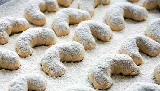 Make-Santa's-Day-with-These-5-Christmas-Cookie-Recipes-Photo3