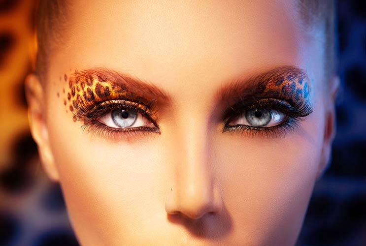 Liner-Notes-10-Essential-Tips-to-Perfect-the-Cat-Eye-MainPhoto