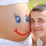 Trimester-Jester-10-Ways-to-Keep-Your-Humor-During-Your-Pregnancy-MainPhoto