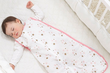 aden-anais-muslin-sleeping-bag-star-light-using-400