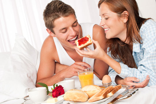 7-Valentines-Breakfast-Ideas-that-will-Make-you-Get-Right-Back-Into-Bed-photo3