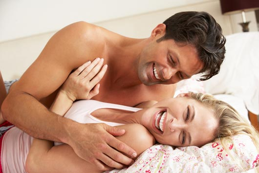 Relationship Advice 8 Non-Sexual Ways to Build Intimacy in Bed-MainPhoto