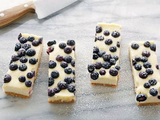 The Power Berry 10 Frozen & Fresh Blueberry Recipes to Try This Season-Photo10