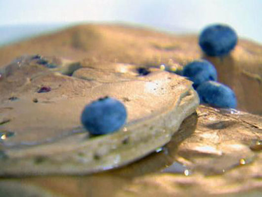 The Power Berry 10 Frozen & Fresh Blueberry Recipes to Try This Season-Photo2
