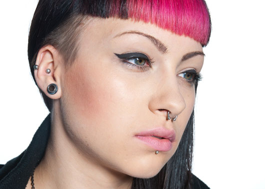 Gray-Hair,-Septums-&-Knuckle-Rings-Teen-Trends-that-Make-us-Say-Huh-Photo2